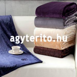 SILKY pléd takaró kék enteriőrben