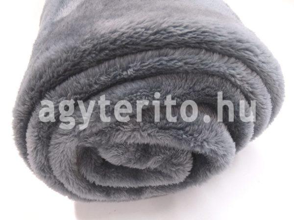 silky szürke pléd takaró csavarva