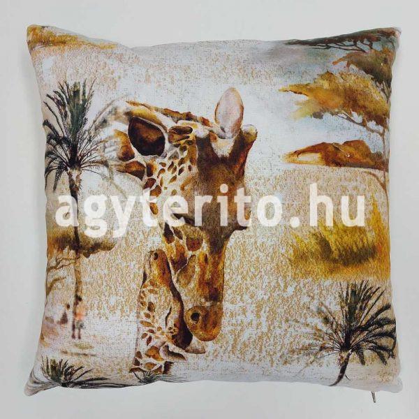 Szafari zsiráf díszpárna